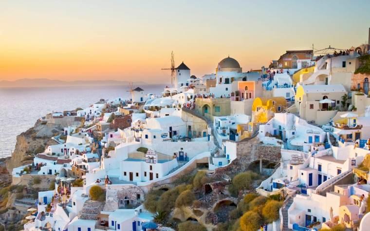 Beautiful-Santorini-Greece