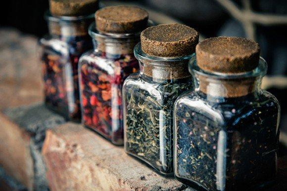 medicinal-herbs-bug-out-bag-e1409842855125.jpg